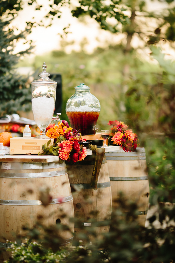 Cat Mayer Studio | www.catmayerstudio.com | Grand Junction Wedding Photography | Drink Station at Winery