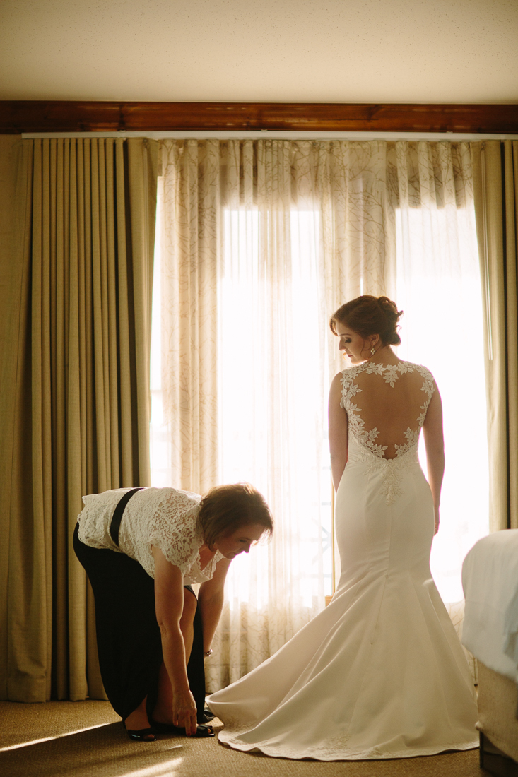 Cat Mayer Studio | www.catmayerstudio.com | Park Hyatt Beaver Creek Wedding | Bride getting ready
