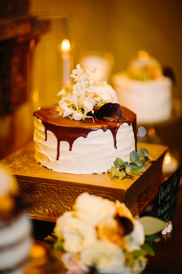 Cat Mayer Studio | www.catmayerstudio.com | Park Hyatt Beaver Creek Vail Wedding | Wedding cake and styling by Stonewood Vintage