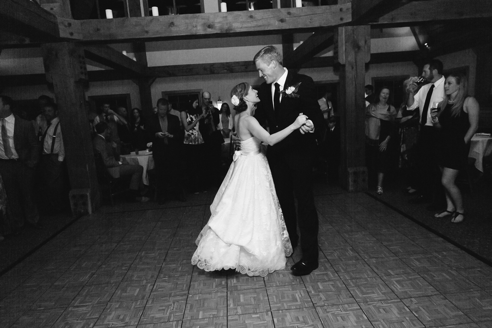 Black and White Photograph of Wedding Couples First Dance | Photography by Cat Mayer Studio | www.catmayerstudio.com