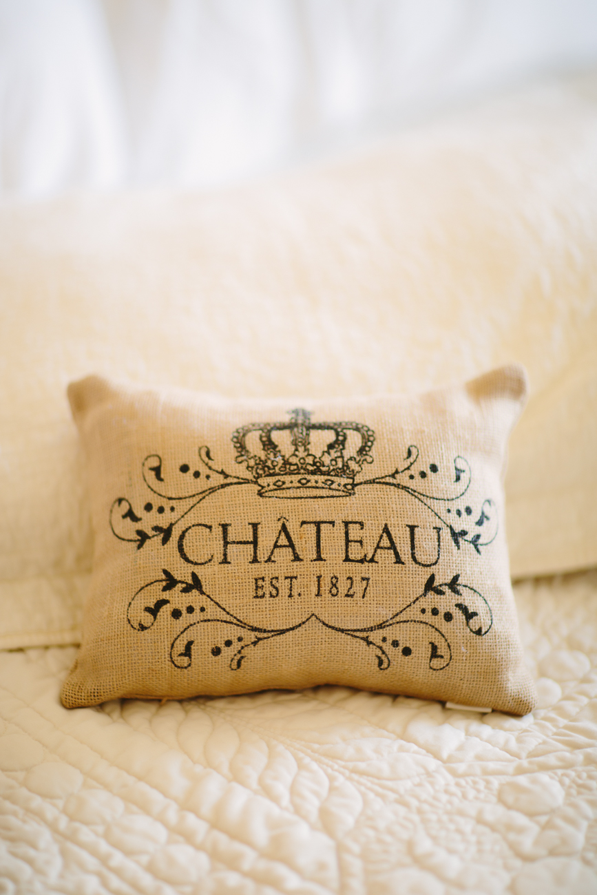 Grand Junction Wedding | Cateau Pillow | Cat Mayer Studio | www.catmayerstudio.com
