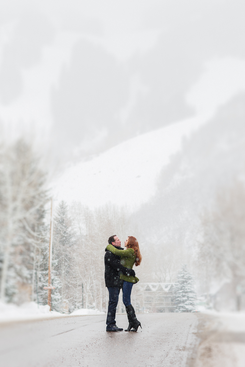 Aspen engagement in the snow