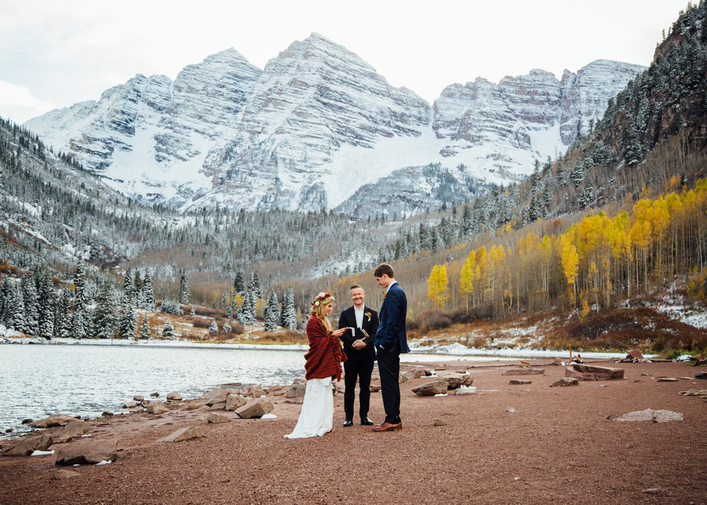 Aspen destination wedding at Maroon Bells