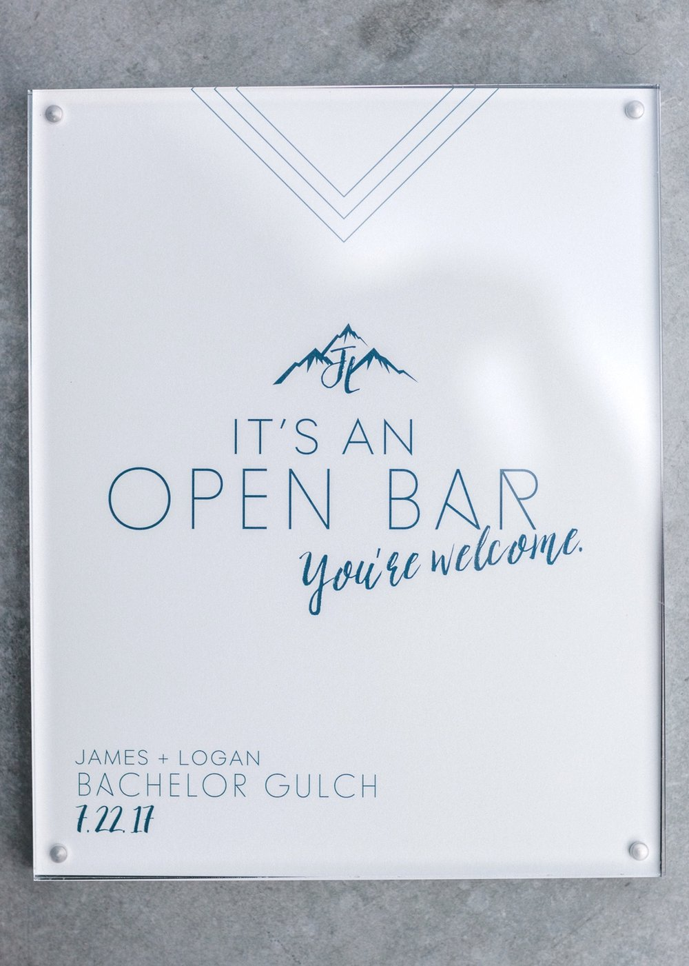 Open bar sign for wedding | Cat Mayer