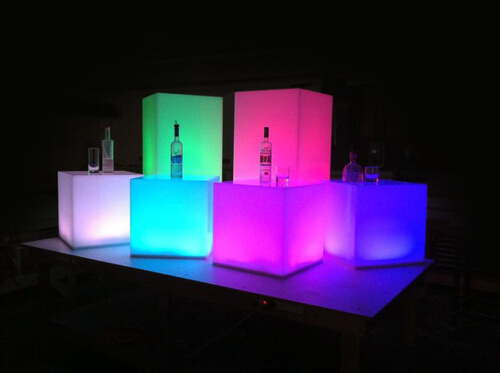 acrylic_cube_RGB_01.jpg