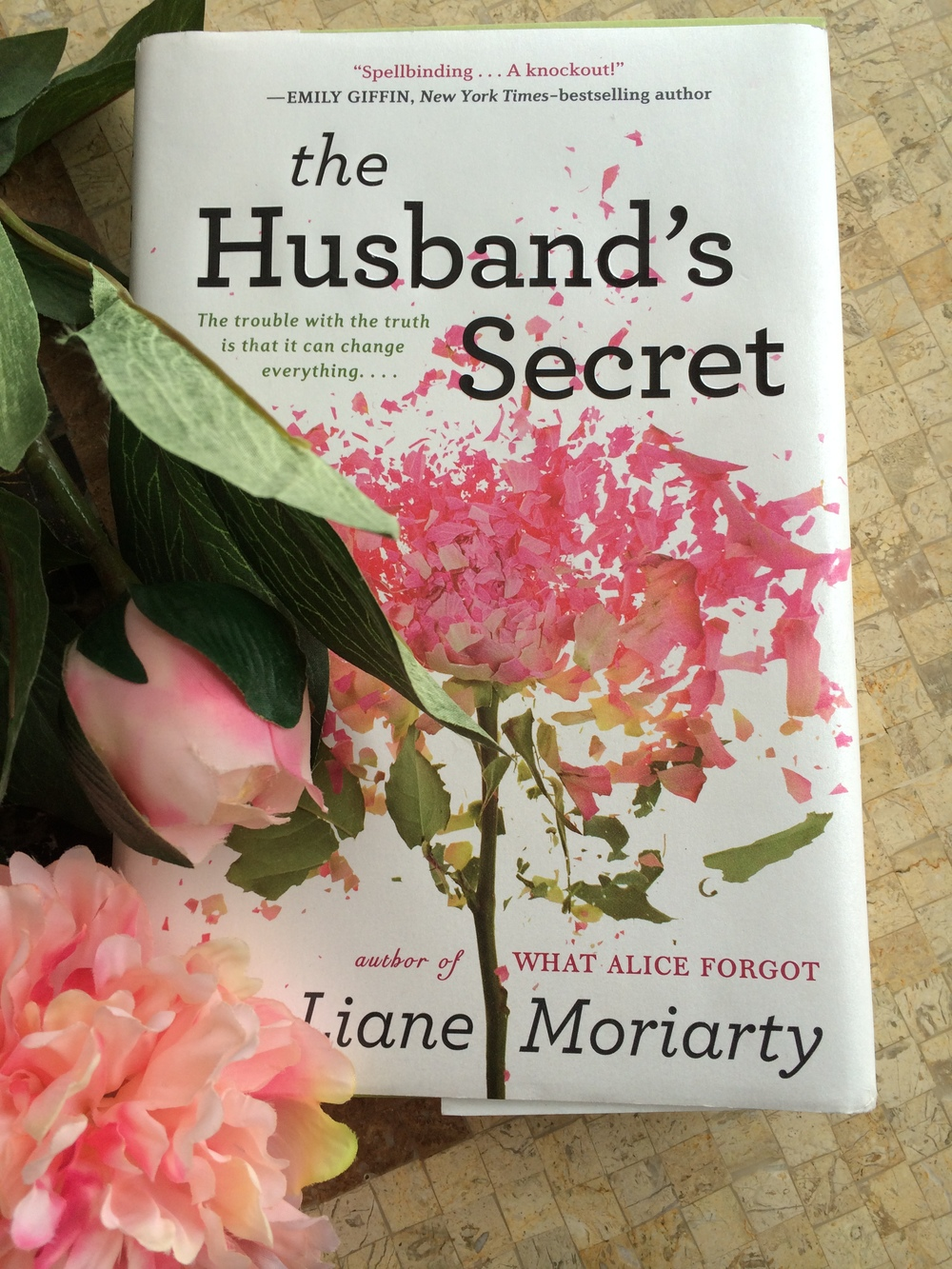 What I Read: January 2015 The Husband's Secret