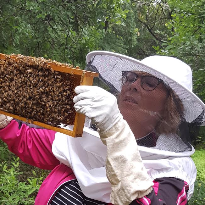 Tara's mom, perviously terrified of bees, is well on her way to becoming a beekeeper!