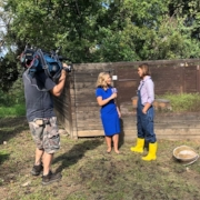 Fox 7 Austin joins Tara at the Sustainable Food Center to learn how bees make honey.