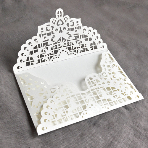 Laser cut invites for anonymous gaekkebrev-ing.