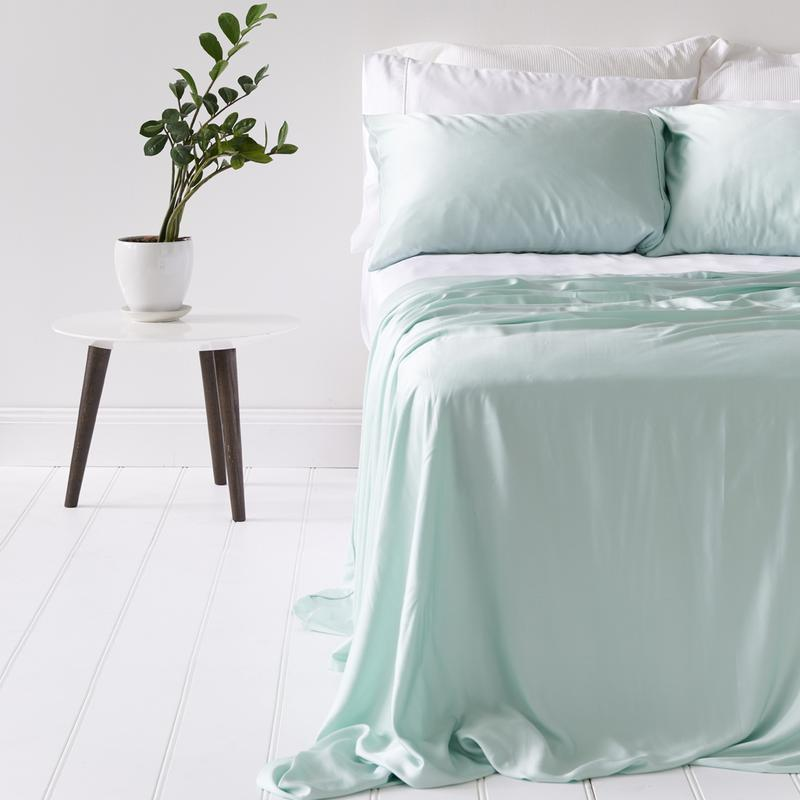 Ettitude Bamboo Lyocell Queen Sheet Set $150