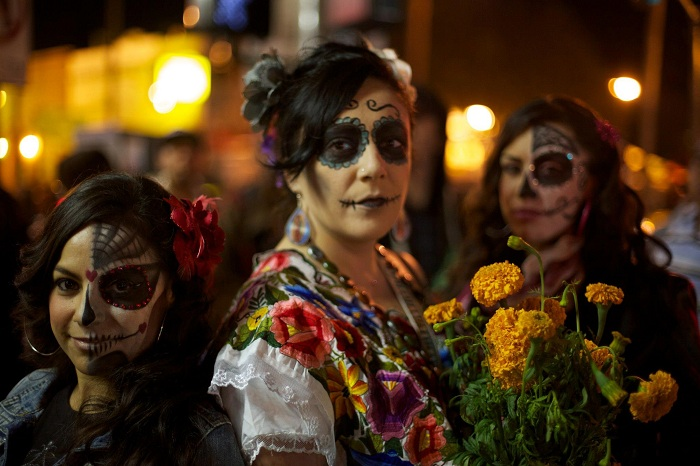 Dia de los Muertos (Day of the Dead) Celebration in Mission District of San Francisco. Source
