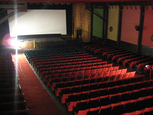 The Avenue Theatre as photographed in 2007. Photo by George Manzanilla