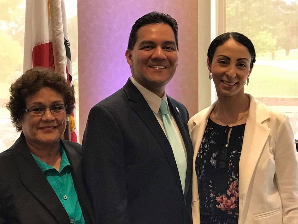 Mayor Fernando Vasquez with his wife and mother. Photo by Mario Guerra