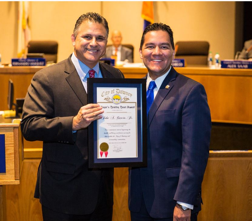 Dr. John Garcia, left, and mayor Fernando Vasquez.