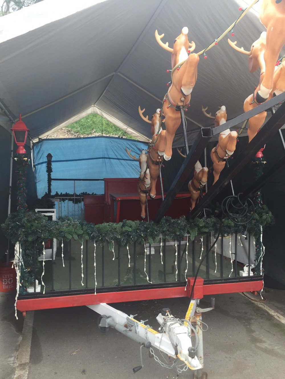 Manhattan Beach's Christmas float. Photo courtesy city of Downey
