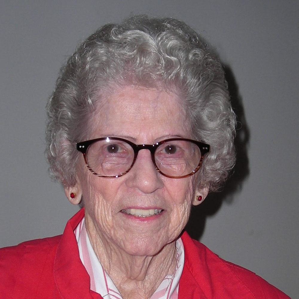 Della Welch Photo.jpg