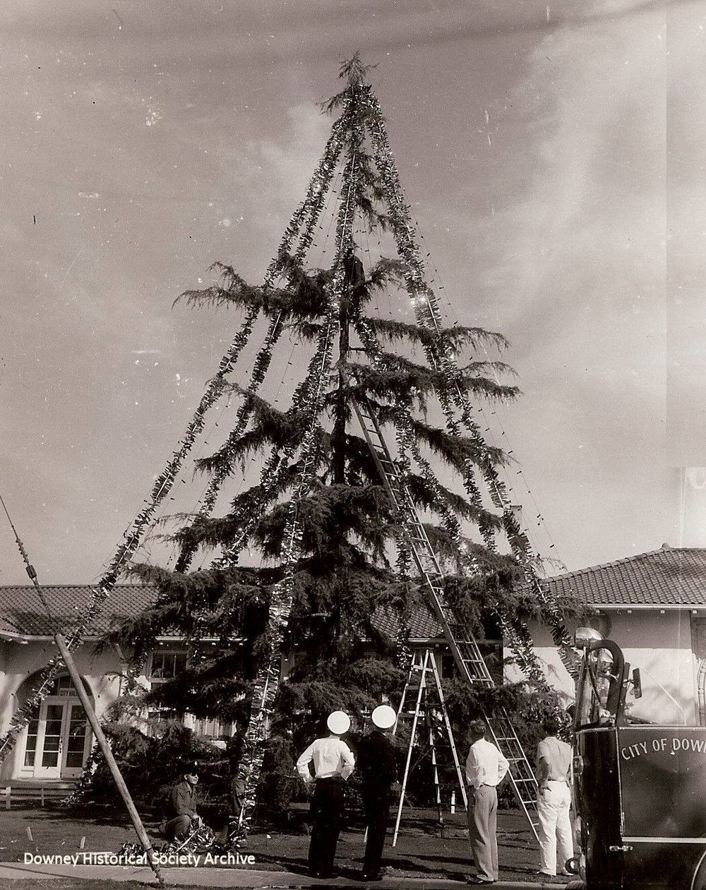 Undated photo of the Christmas tree at the old Downey city hall. Photo courtesy Larry Latimer/Downey Historical Society