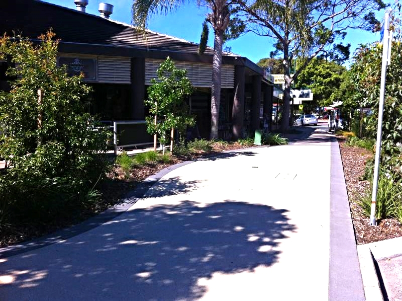 noosa_junction_Photo3_LARK_Sunshine_Coast_Queensland_Landscape_Architect.jpg