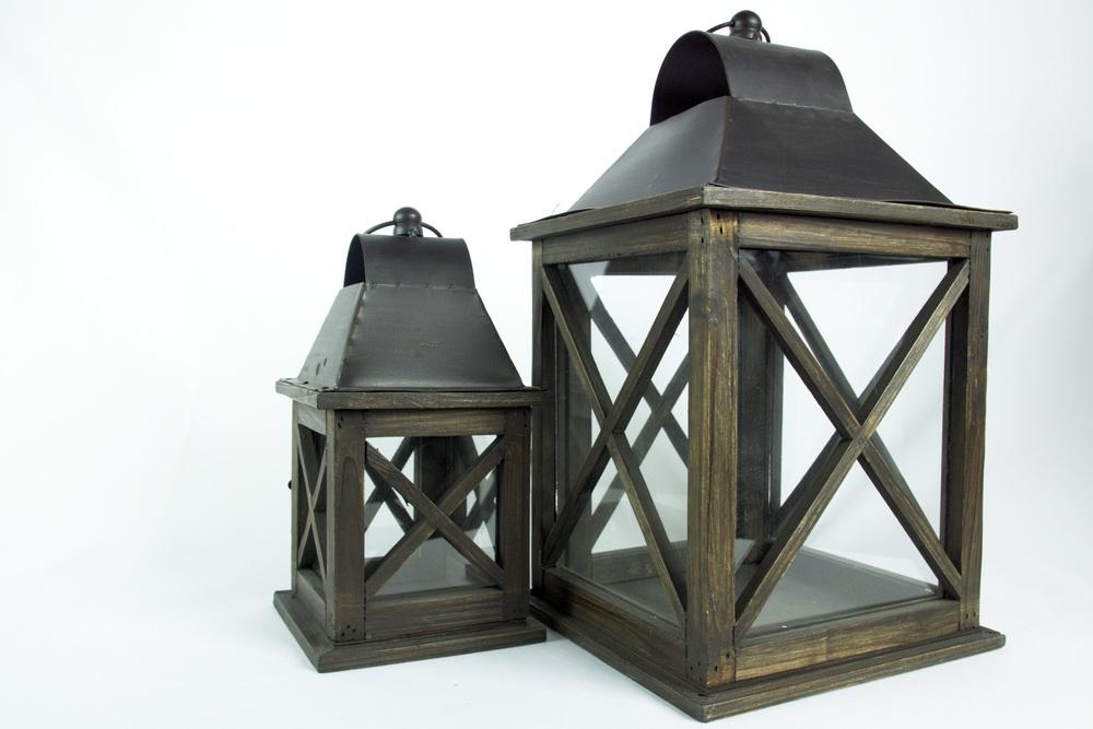 Wooden 2-Set Lantern