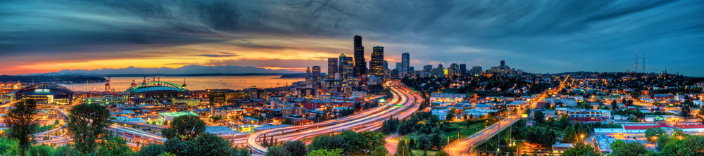 A panoramic view of an amazing sunset over Seattle