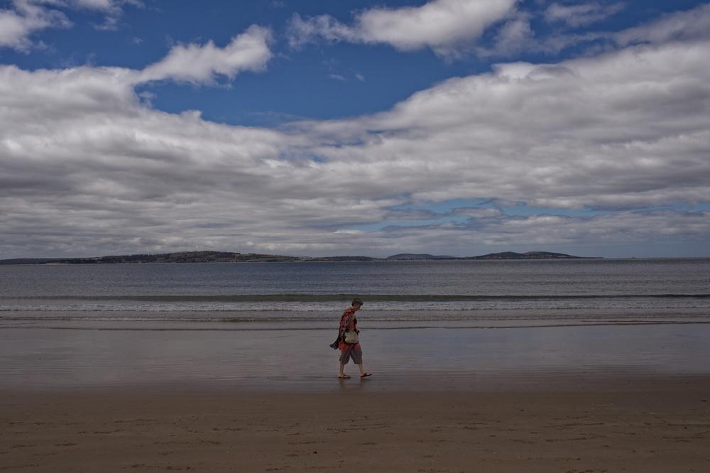 A nice afternoon stroll along peaceful Kingston Beach.