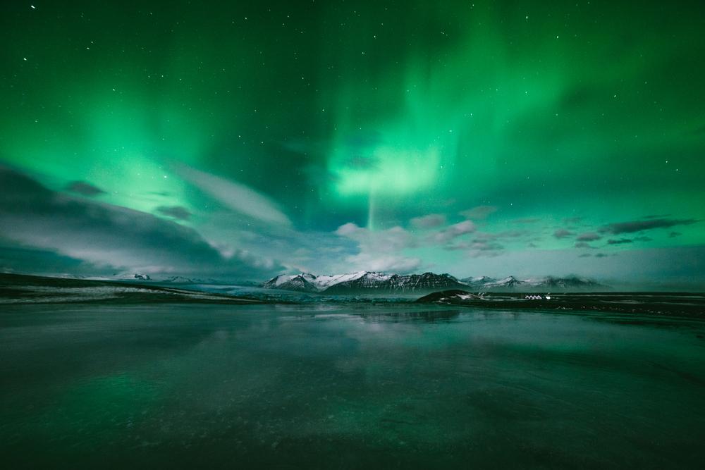2-iceland-400H-Night-1.jpg