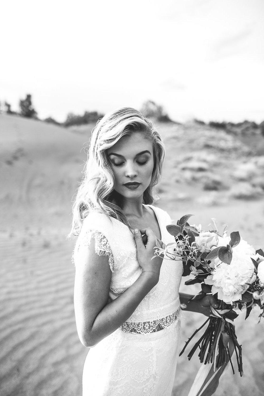 EmmyLowePhotoHannah-56.jpg
