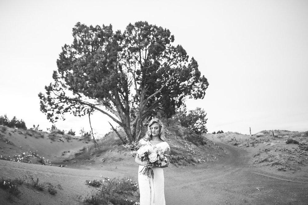 EmmyLowePhotoHannah-72.jpg