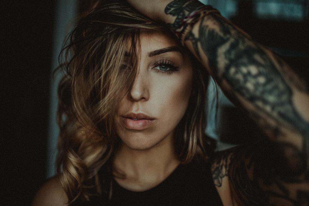 Nicole Apuzzo - LOAF