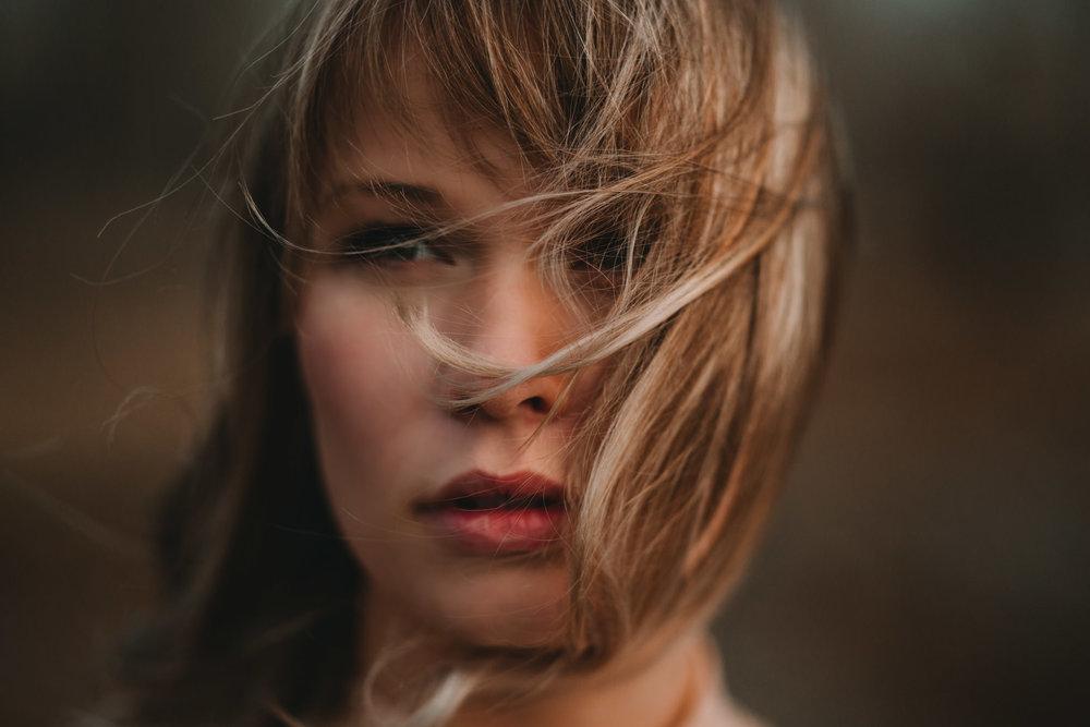 Anita Tarnowski - Meridian PBX 06 Hard