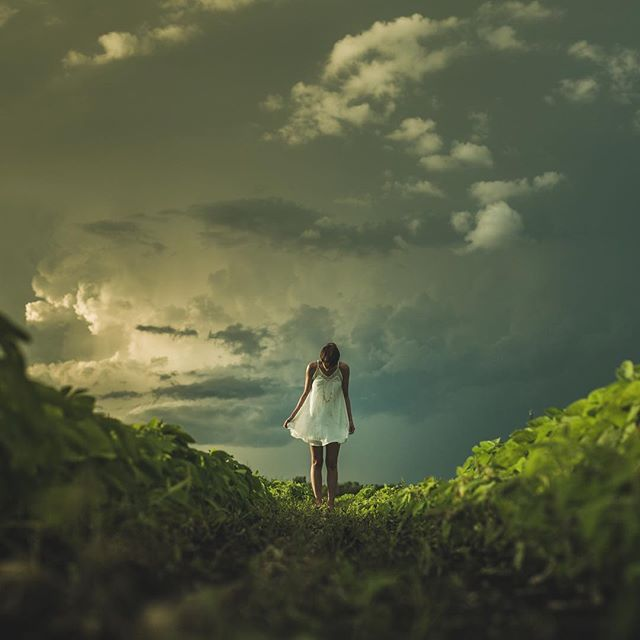 Head in the clouds, feet on the ground. #Wanderlust #Clouds #Green #White #Dress #RambleYourWay