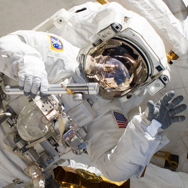 astronaut_1838478i.jpg