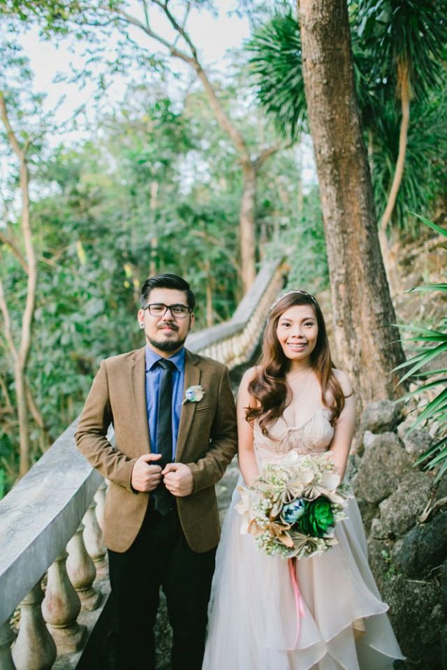 Do it yourself rustic wedding in the philippines jec and do it yourself rustic wedding in the philippines jec and darrels wedding featured in rocknrollbride uk i thee wed solutioingenieria Image collections