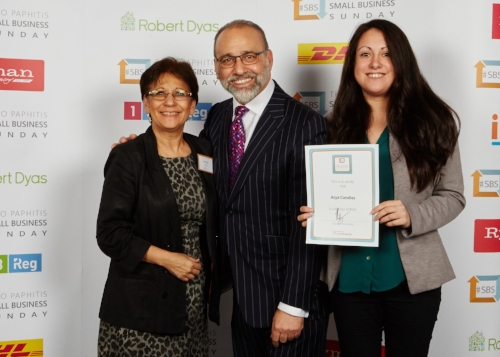 Jenny Hogg and Lina Hogg with Theo Paphitis