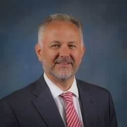 Kenneth Crawford - As a former insurance defense attorney, I understand the pressure points for insurance companies to get them to pay the maximum amount.Now I only represent Plaintiffs in auto accident and other personal injury cases.Call (770) 920-2000 now for a free consultation, and there is never a fee unless I collect for you.