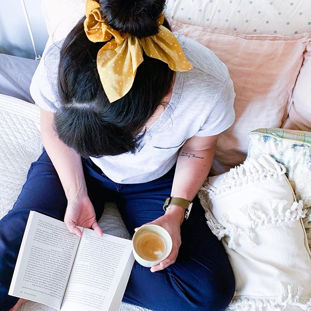 The loungiest of lounge pants, the coffee I've been waiting for all afternoon and the last couple of chapters of Out of Sorts by @sarahbessey . Also I culled a lot of my Insta following list. You guys, I need to stop scrolling/comparing/time wasting! I'm so much more interested in real relationship and conversation. So if I'm still following, it's because you engage and interact, and there's friendship there. Otherwise 🙅🏻♀️🤷🏻♀️ Because I'm falling into the trap of watching too many stories, instead of creating my own. . It's the weekend 🙌🏼 What are you reading/doing/making?