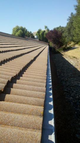Tile-roof-Gutterglove-Pro-Pics-v2.jpg