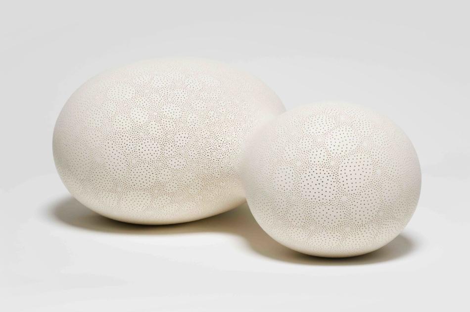 Duo , 2016 Ceramic, 17 H x 40 W x 27 D cm