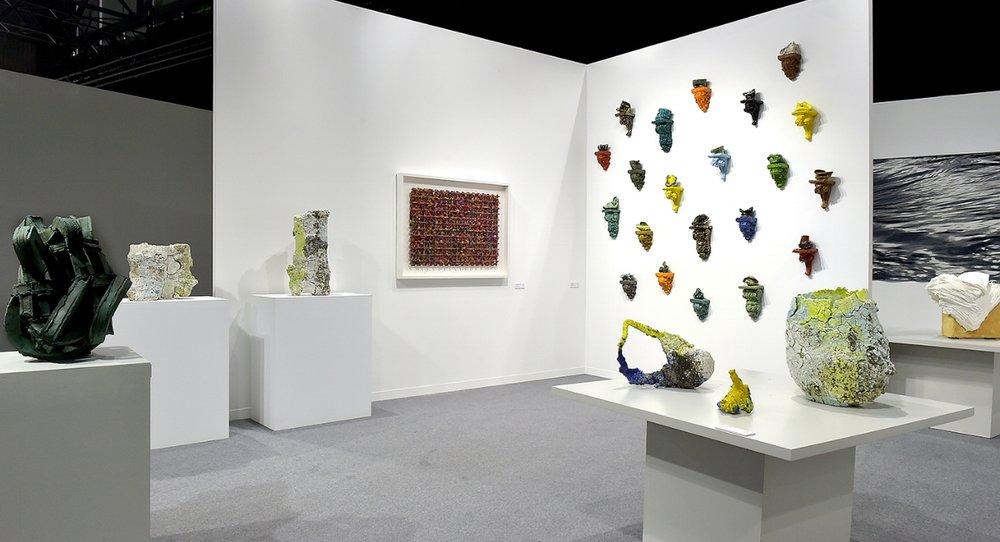 Works by Grant Aston, Aneta Regel, Michael Brennand-Wood, Heidi Bjørgan, Kari Dyrdal and Su Xianzhong featured at artgenéve 2018.