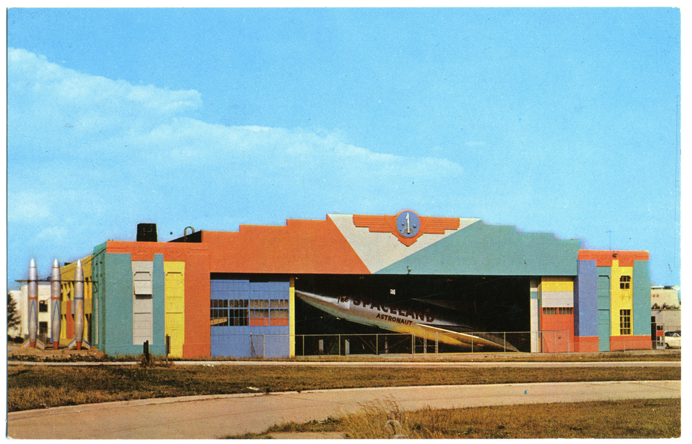 "Amusement Park Rocket - ""Spaceland Astronaut"" (Garden City, NY Postcard circa 1963)"