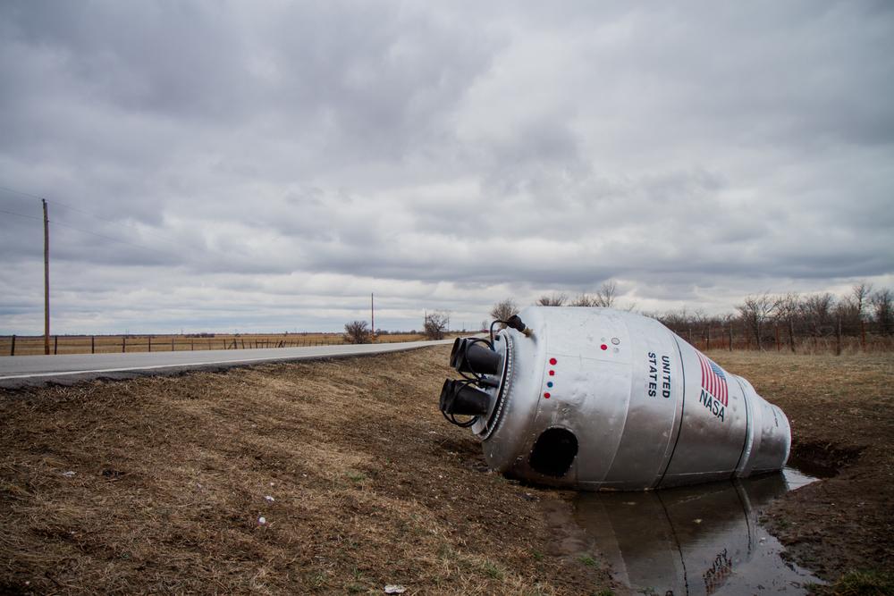 Roadside Folk Art - Cement Mixer NASA Capsule (Oklahoma) - Photo by Peter Kleeman 2012