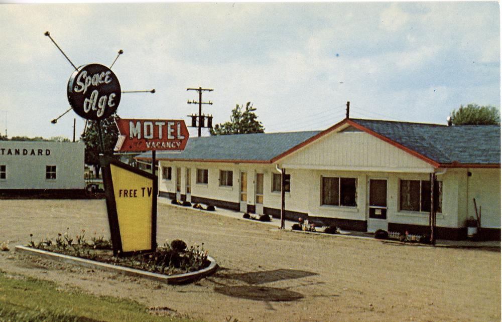 "Roadside Sign - ""Space Age Motel"" (Caro, MI Postcard circa 1965)"