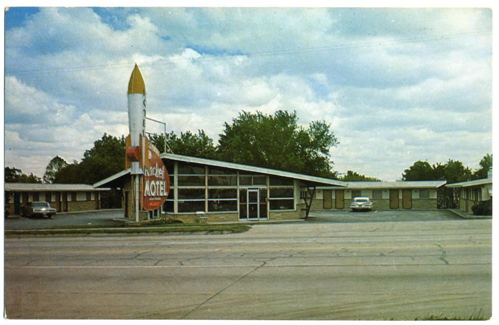 "Roadside Sign - ""Rocket Motel"" (Joplin, MO Postcard circa 1959)"