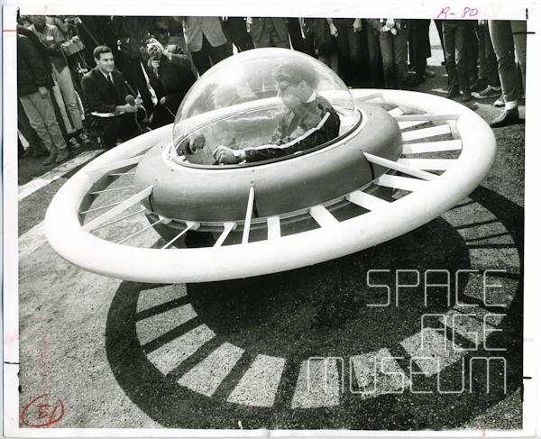 Professor Paul Moller in Homebuilt Flying Saucer (Davis, CA 1967)