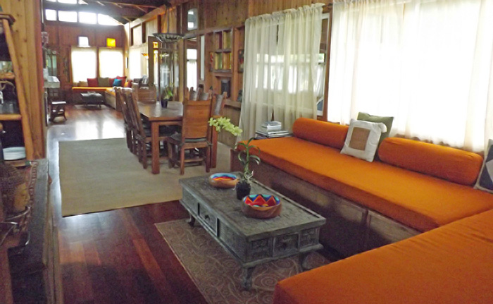 ohana-house-interior.jpg