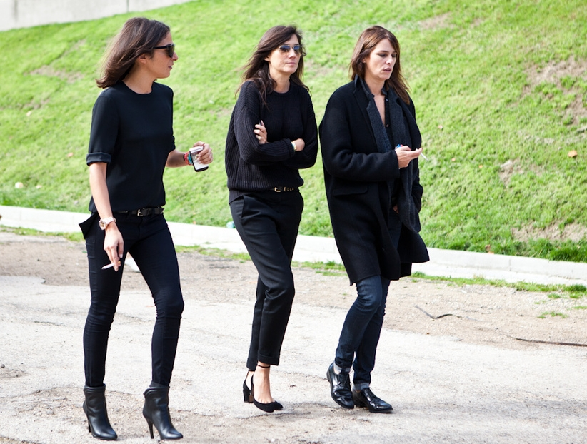 all black everything street style.jpg