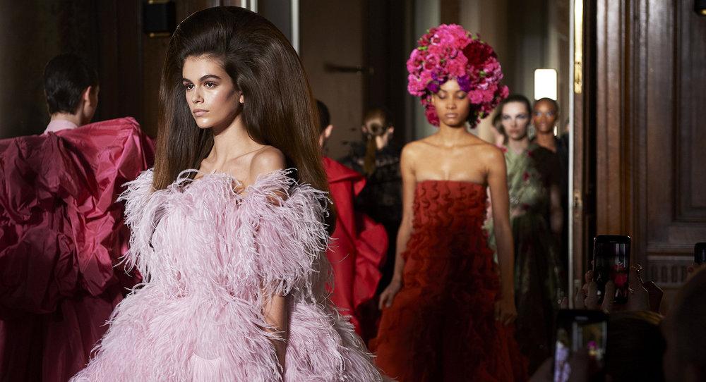 Valentino Fall '18 Couture (photo: theimpression.com)