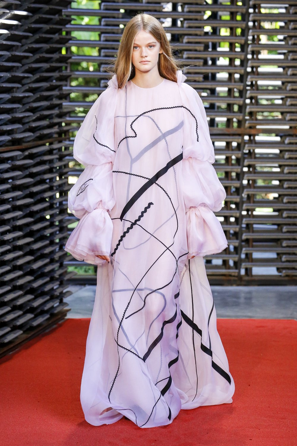 Roksanda SS19 (Photo: vogue.com)