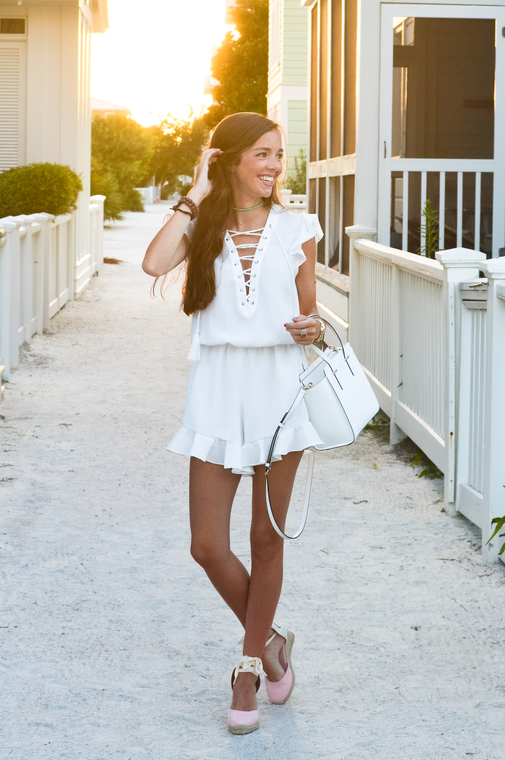 lcb_style_fashion_blogger_whiteromper (1 of 1).jpg