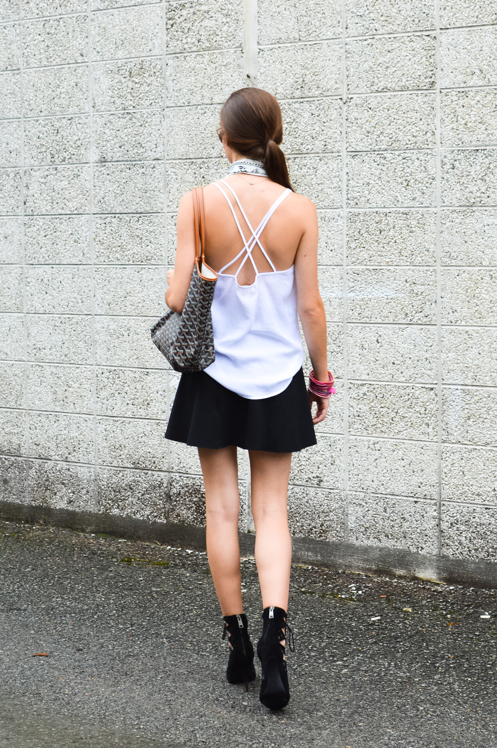 fashion blogger lcb style white black (30 of 35).jpg